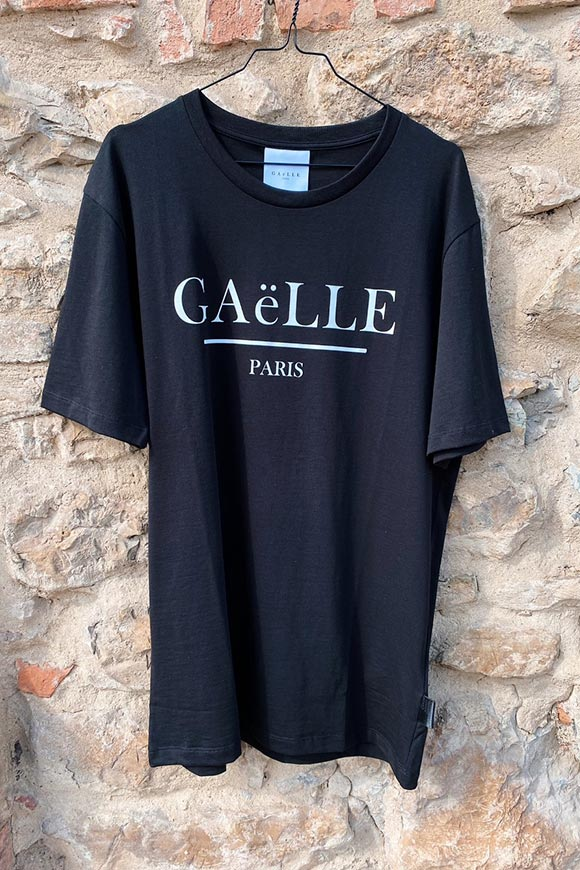 Gaelle - Black t shirt with white crossed out logo