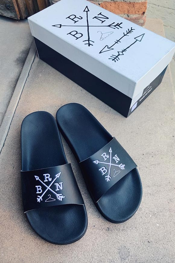 Berna - Black band slippers with embroidered logo
