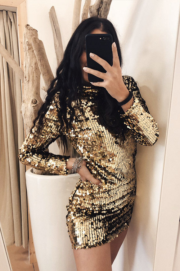 Vicolo - Dress in gold high-necked sequins