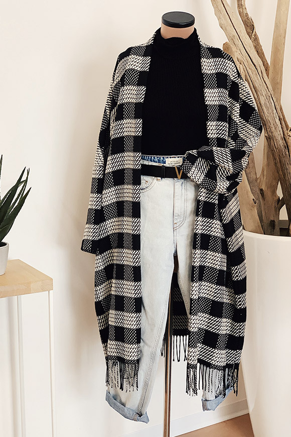 Vicolo - Black and white checked poncho coat with fringe