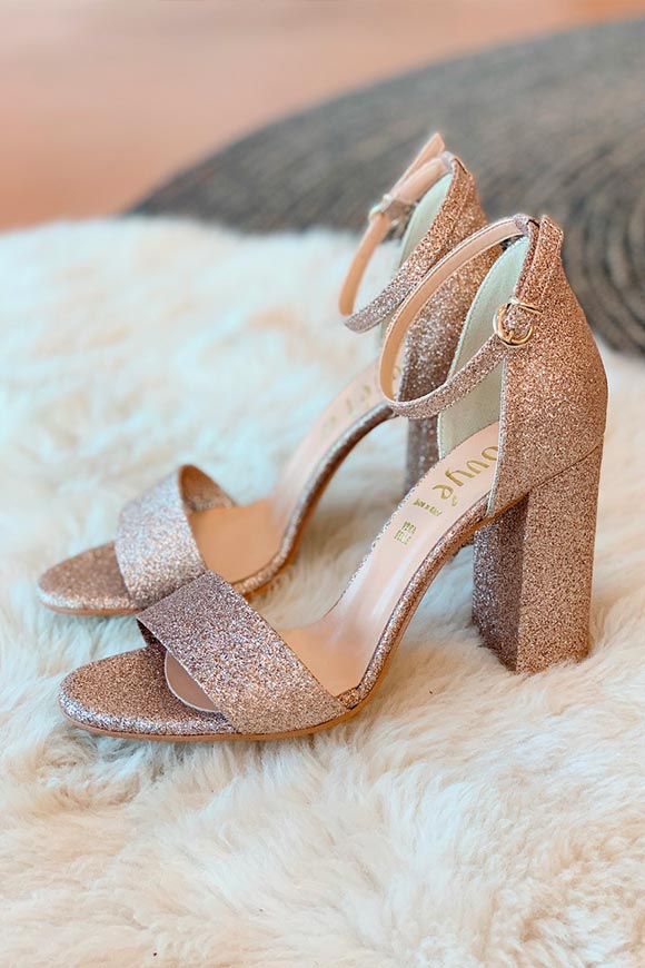 Ovyé - Pink glitter sandals with strap
