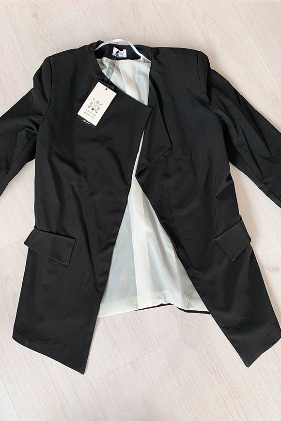 Berna - Black flared jacket