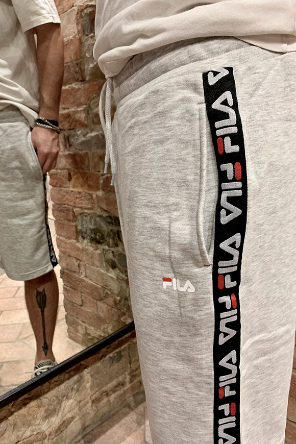 Fila - Grey shorts with side bands