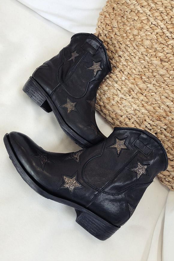 selezione premium 0972d 58781 Ovyé Stivaletti Texani neri con stelle - Calibro Shop