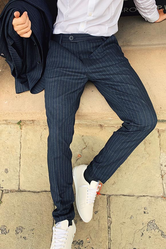 Gianni Lupo - Pinstriped blue complete trousers