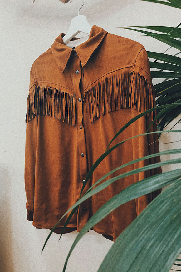 Vicolo - Brown suede shirt with fringes