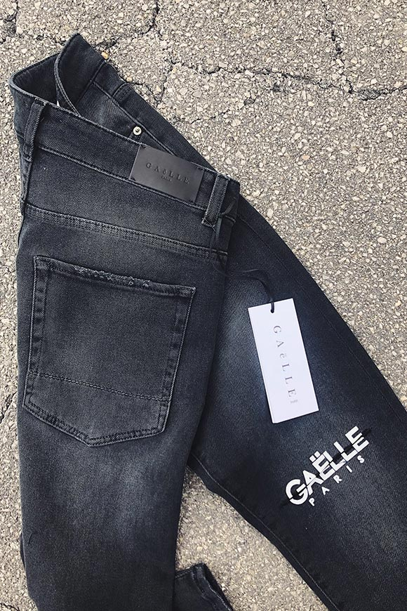 Gaelle - Knee-length black jeans