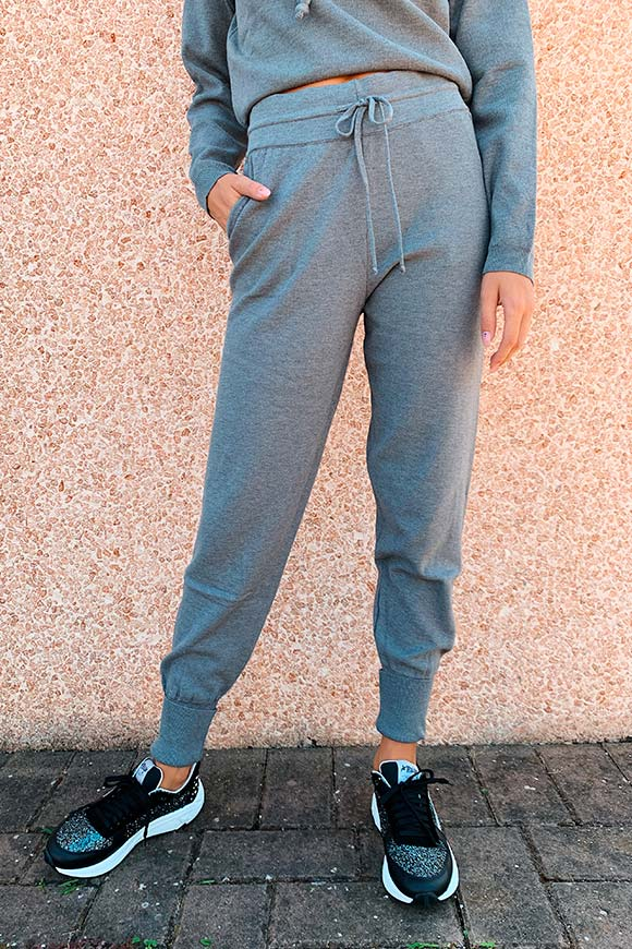 Kontatto - Gray jogger trousers a jersey