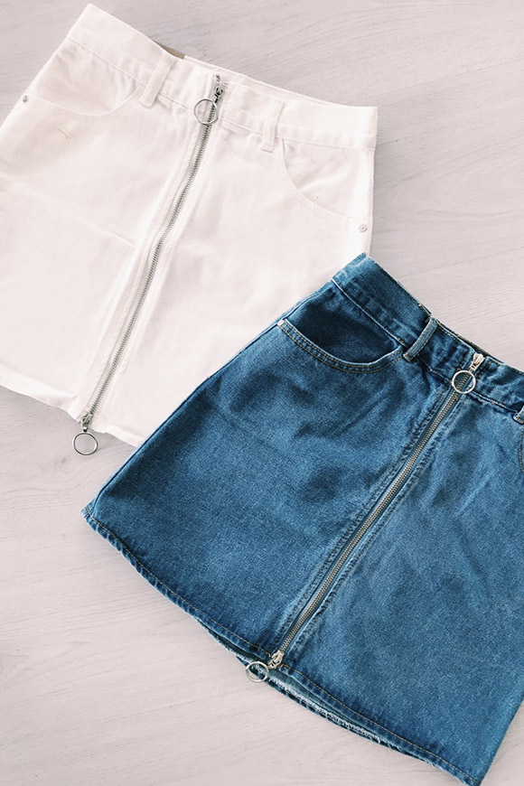 Calibro Shop - Gonna di jeans con zip e anello