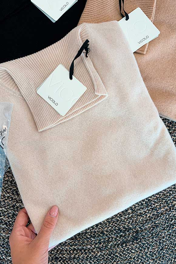 Vicolo - Beige cashmere turtleneck sweater