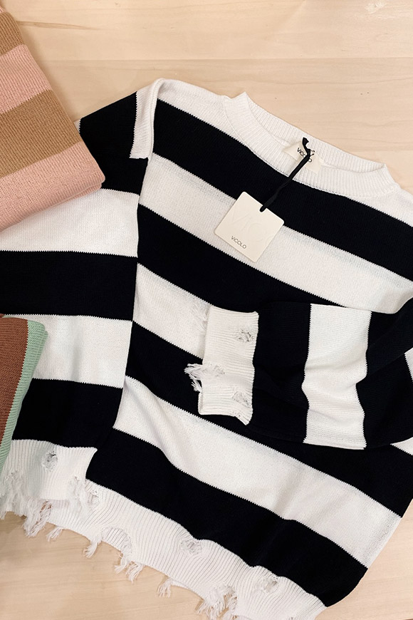Vicolo - Fringed black and white striped sweater