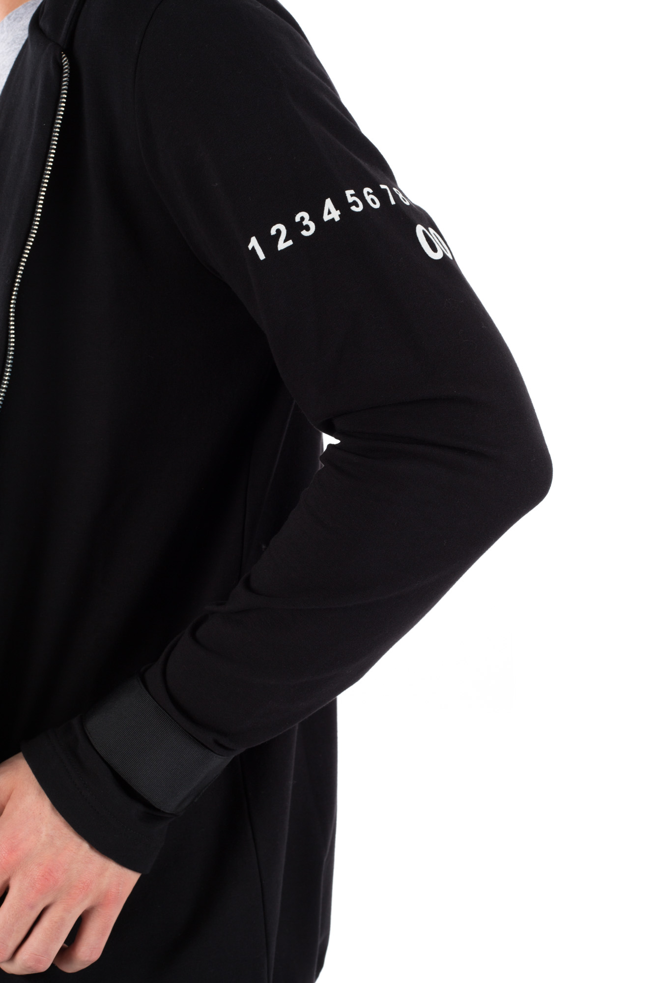 Numero 00 - Zipped sweatshirt with sleeve logo