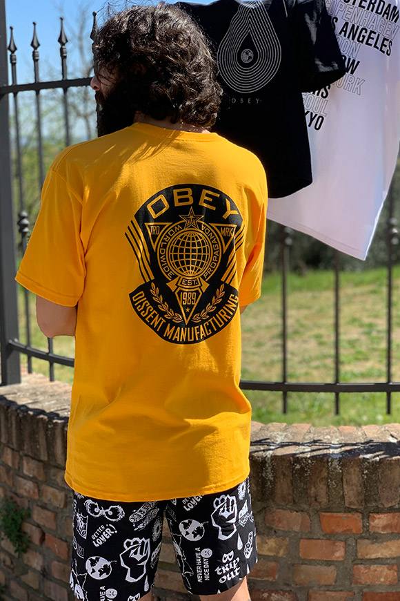 Obey - Yellow T-shirt with logo