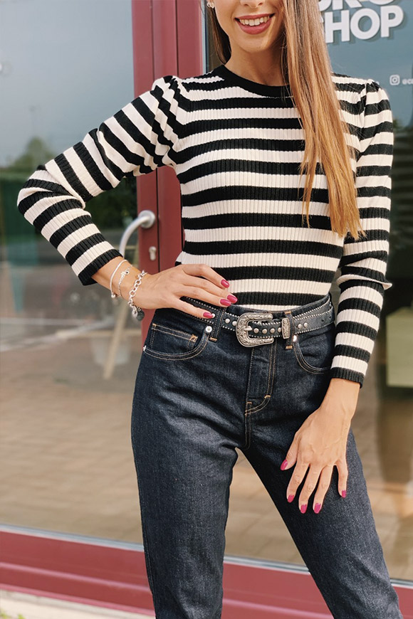 Vicolo - Black and white striped sweater with puffed shoulders