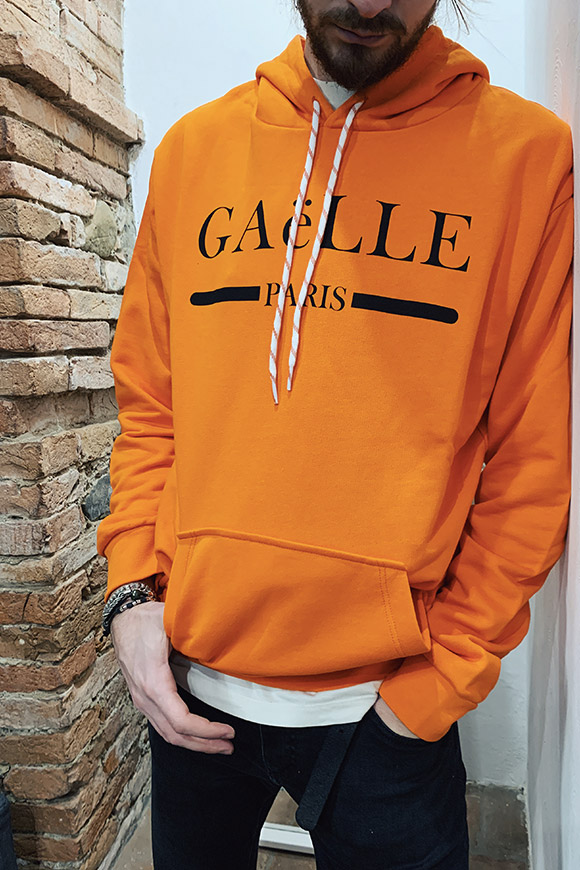 Gaelle - Orange hooded sweatshirt