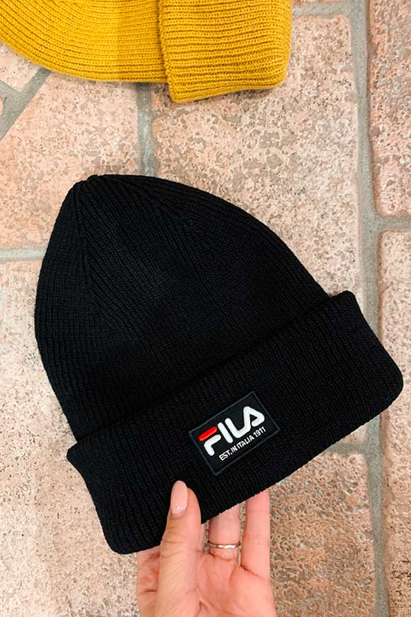 Fila - Black hat with logo patch
