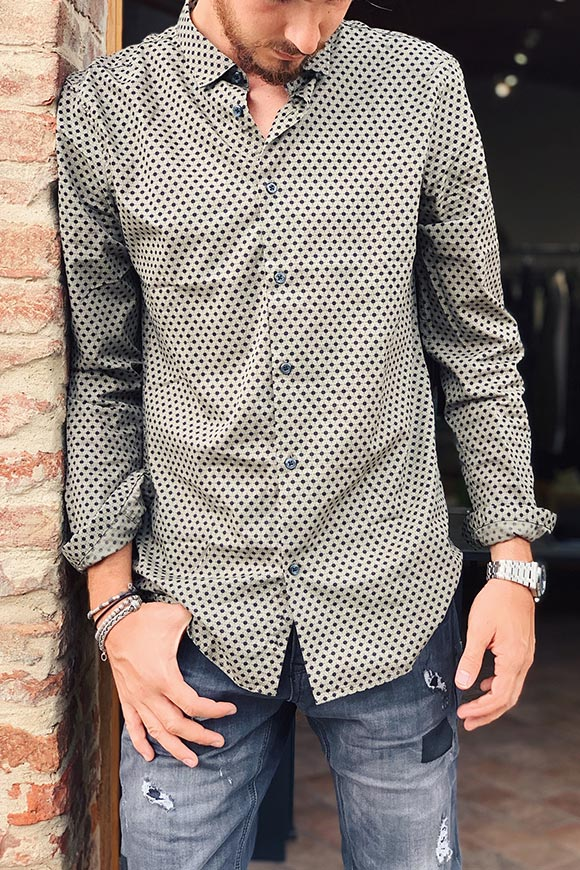 Green micro patterned shirt