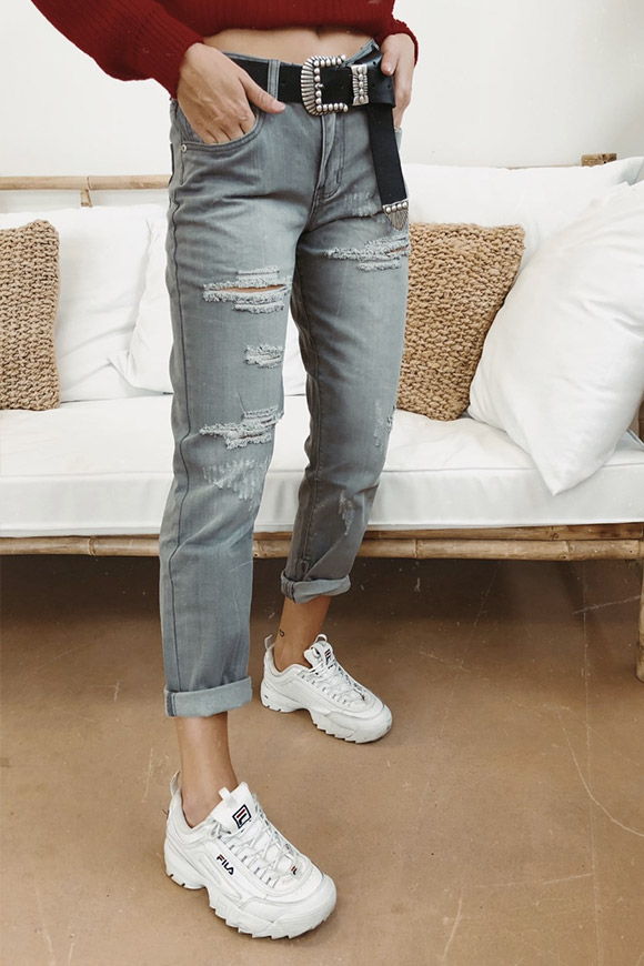 Glamorous - Gray jeans with rips and zip