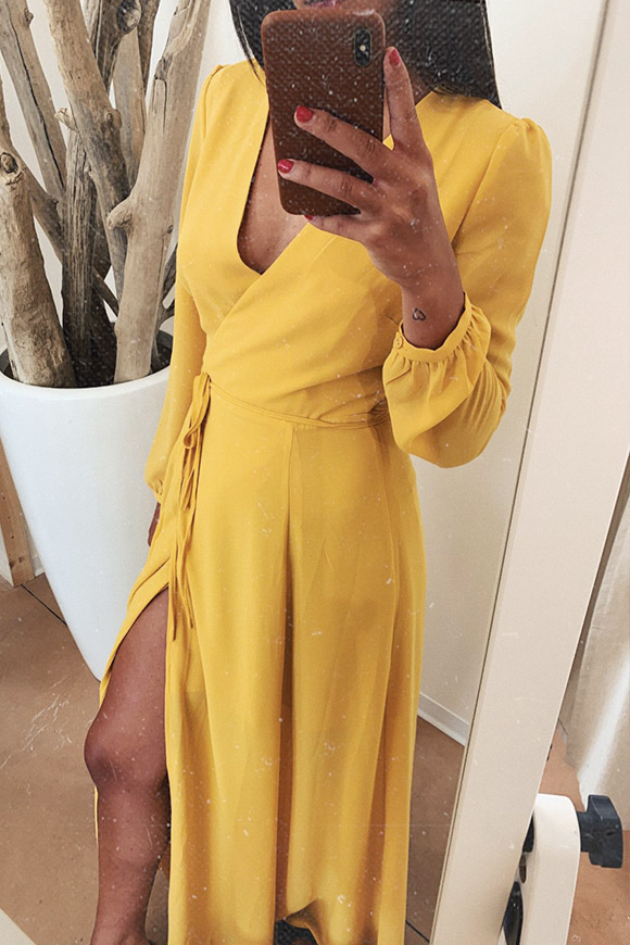 Glamorous - Long-wallet mustard dress