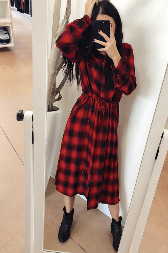 77eb7eaeb022 Vicolo Vestito lungo a quadri rosso e nero - Calibro Shop