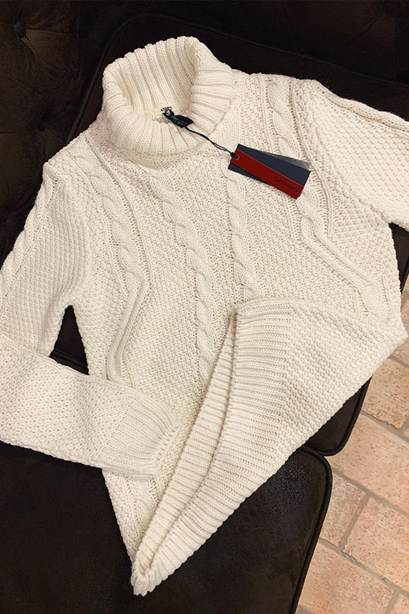 Gianni Lupo - White braid sweater and high collar