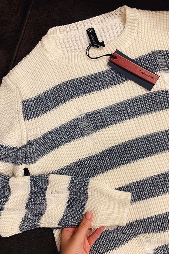Gianni Lupo - White and gray striped sweater