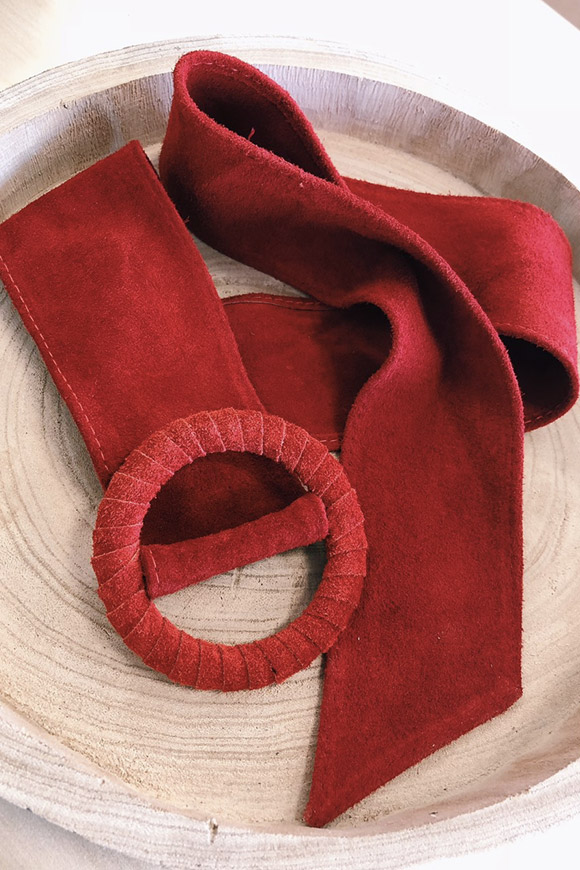 Calibro Shop - Red suede belt with round buckle