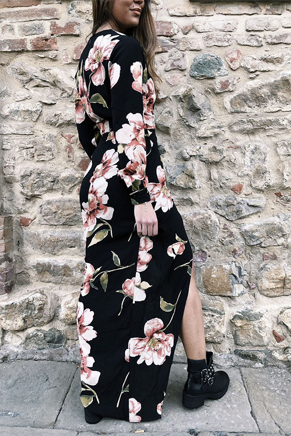 Girl in mind - Long dress with peach flowers