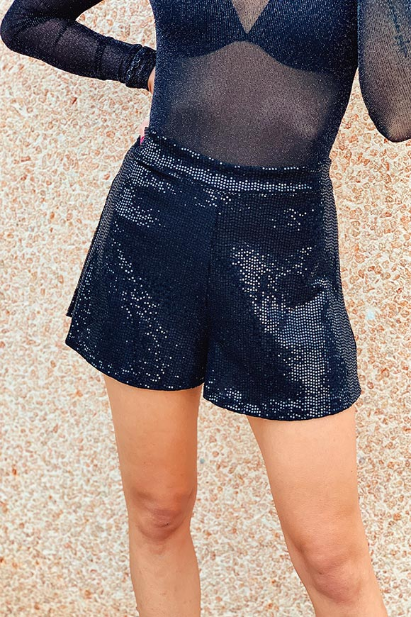 Kontatto - Black shorts in flat sequins