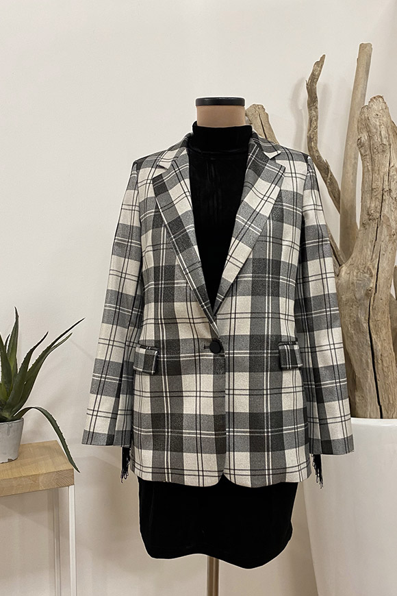 Vicolo - Checked jacket with fringes
