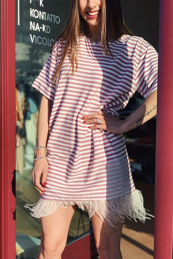 Motel - Pink lurex striped dress with feathers