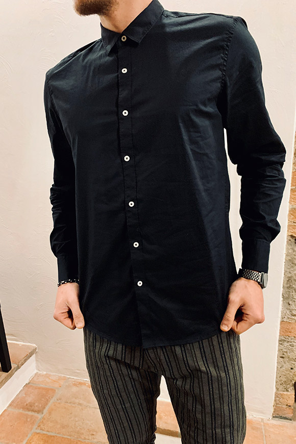 Gianni Lupo - Basic black shirt