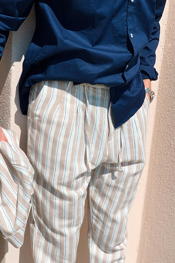 Gianni Lupo - Linen trousers with beige and white stripes