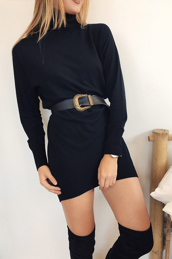 finest selection 7653a 57210 Vestito in maglia nero a collo alto