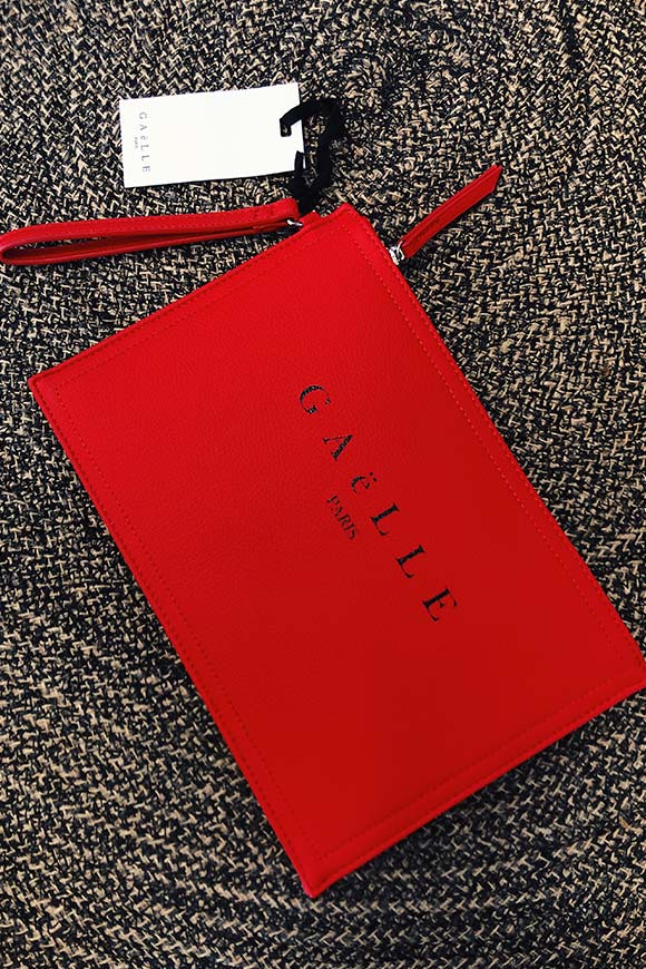 Gaelle - Basic red pochette with logo