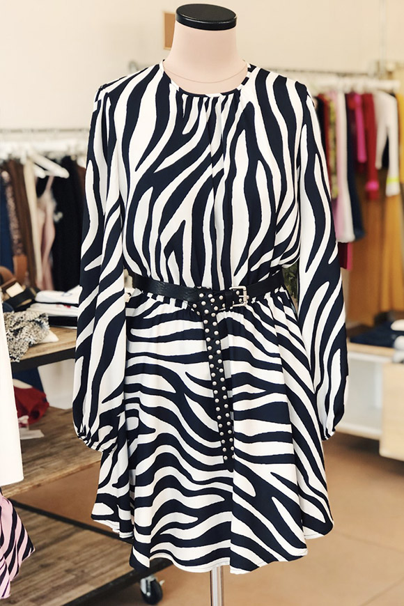 size 40 7b847 d0c47 Vestito zebrato bianco e nero