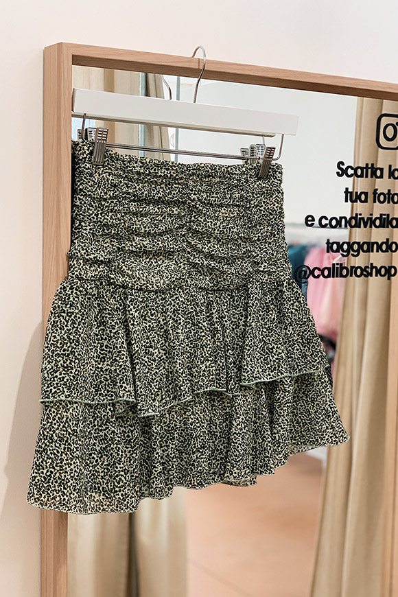 Vicolo - White and green clotted leopard skirt