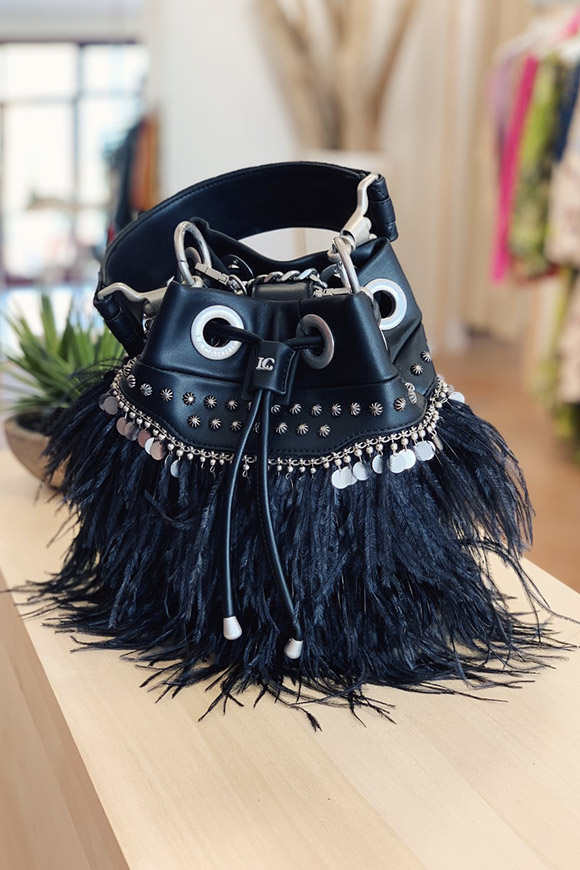 La Carrie - Black feather bucket bag