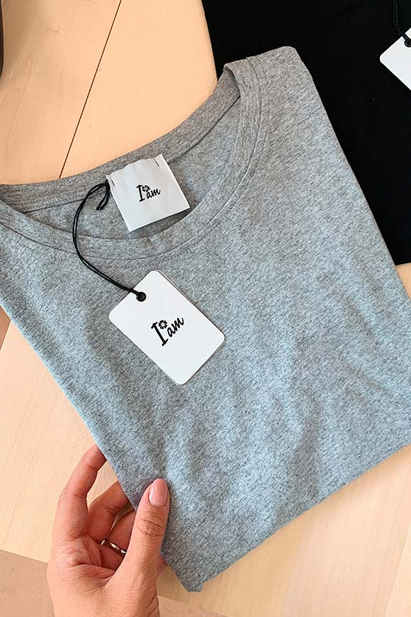 I am - T shirt grigia in cotone basic