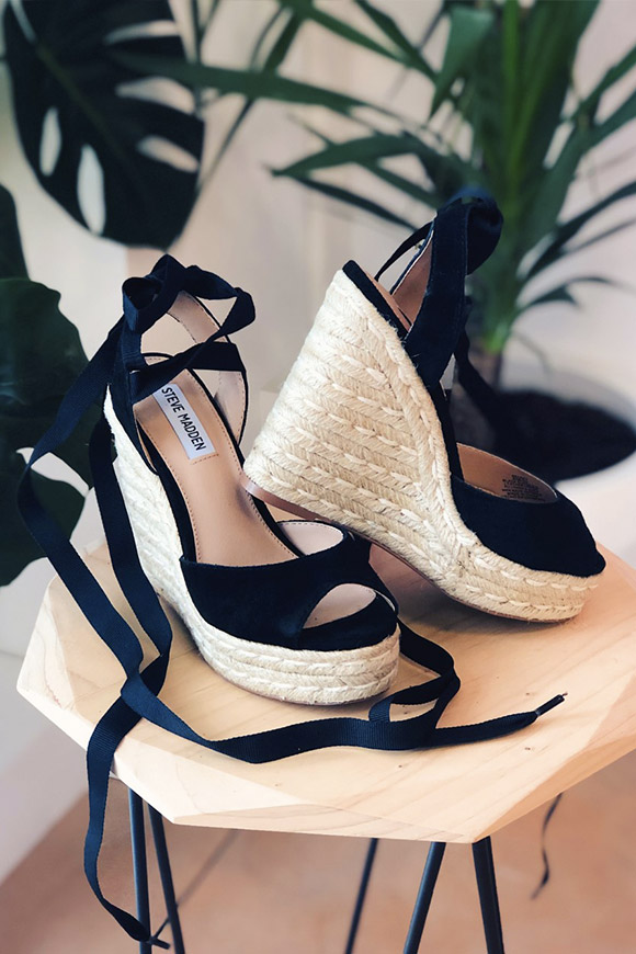 Steve Madden - Secret straw wedges