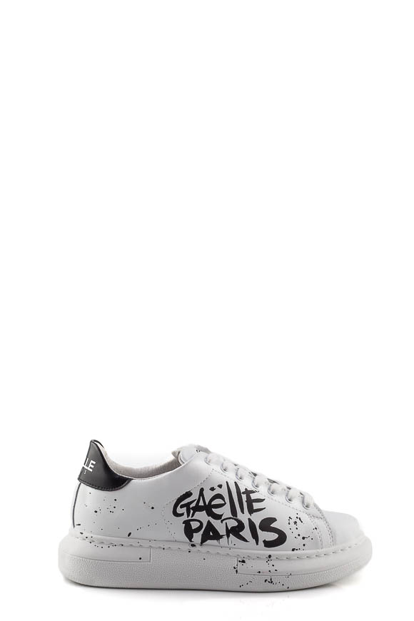 Gaelle - Platform shoes with graffiti