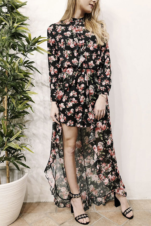 Vicolo - Dress with floral shorts