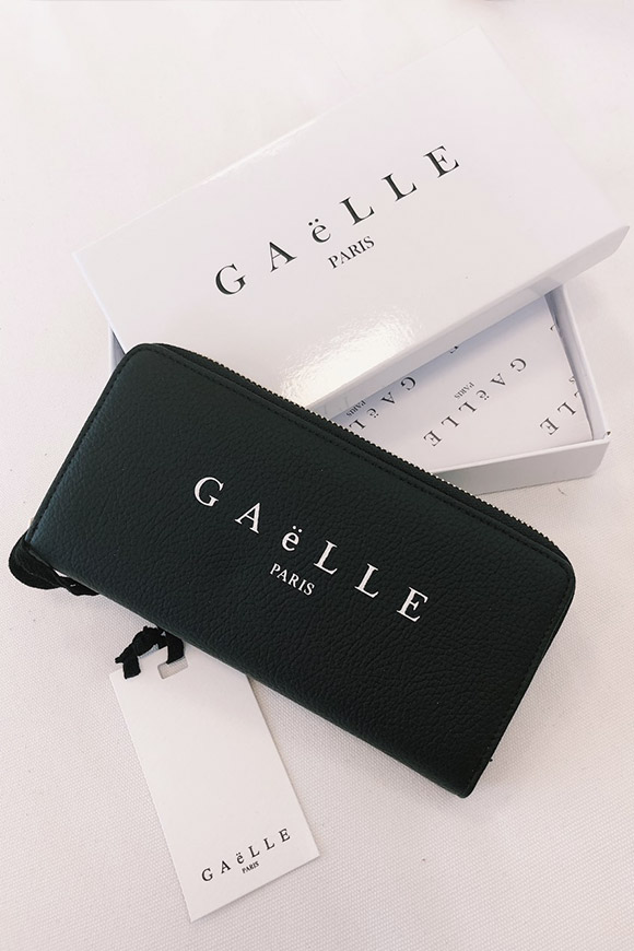 Gaelle - Black wallet with logo