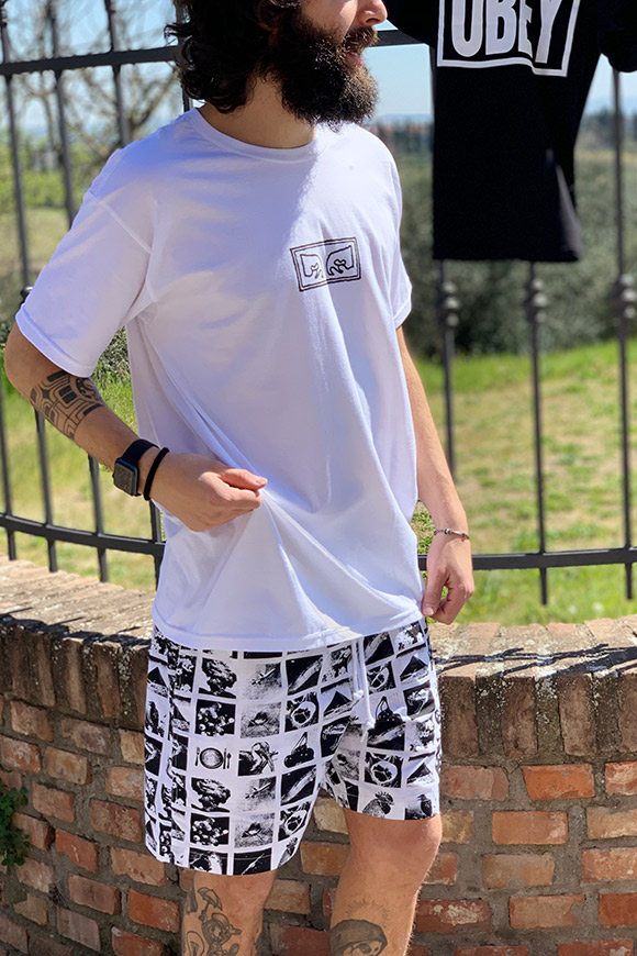 Obey - White T shirt with black logo