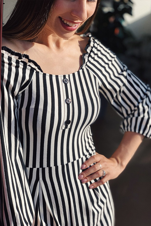 Vicolo - Short white and black striped jersey jumpsuit