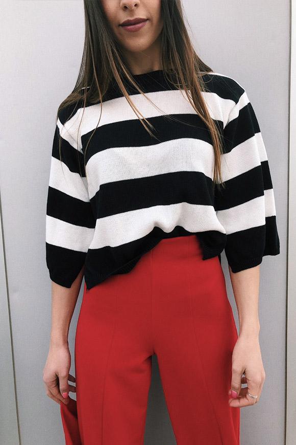 rivenditore di vendita c202c 93f7e Maglione corto a righe bianco e nero