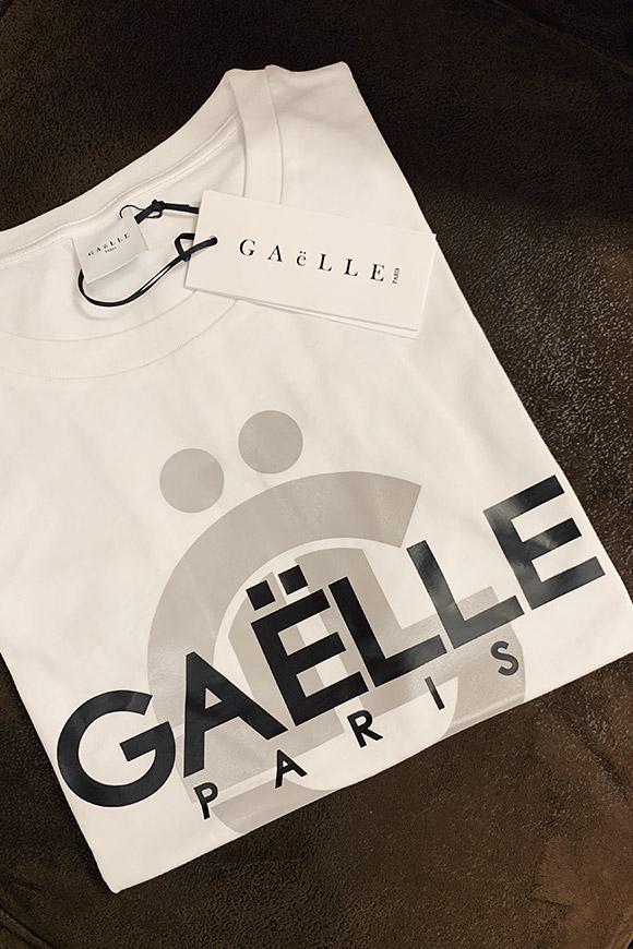 Gaelle - Reflective white t shirt