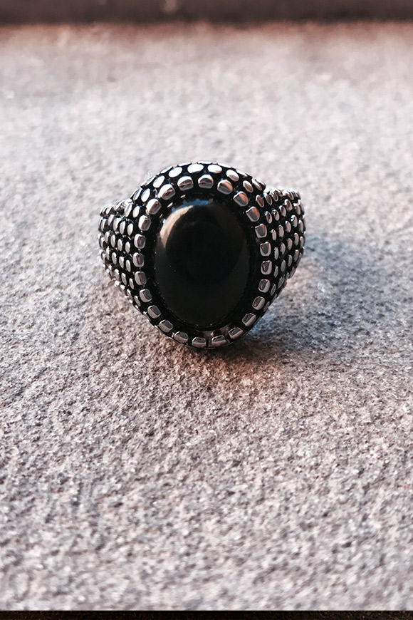 Calibro Shop - Black stone granulated ring