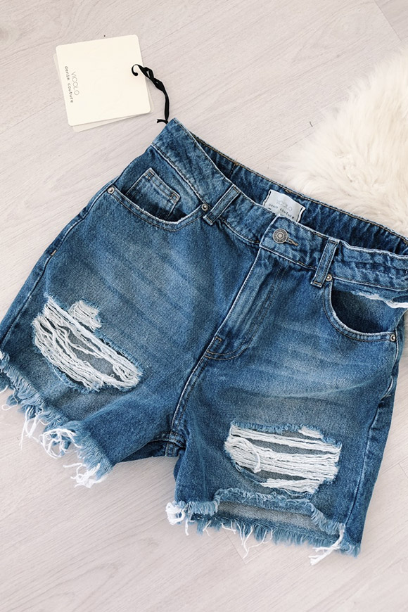 Vicolo - Soft jeans shorts with rips